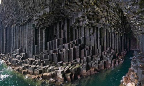 Tubi di Lava e Cave Basaltiche
